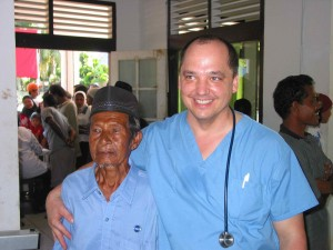Dr. Leski poses with an elderly Indonesian man. (January, 2005).